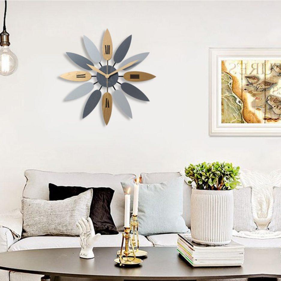Đồng hồ treo tường hiện đại trang trí phòng khách1